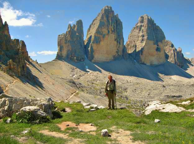 Looking toward the Forcela Lavaredo and the Tre Cime